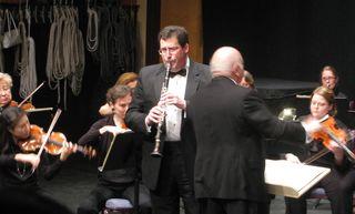 Simon Sinfonietta 039 mm (3) 3 31 12 Concert Mark Miller Soloist