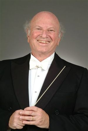 Maestro Stephen Simon of the Simon Sinfonietta