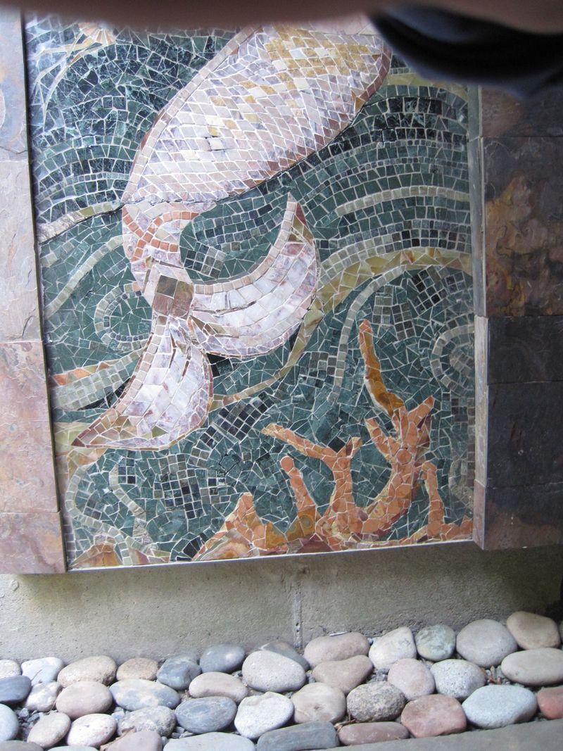 Laura Baksa Mermaid Installed DETAIL