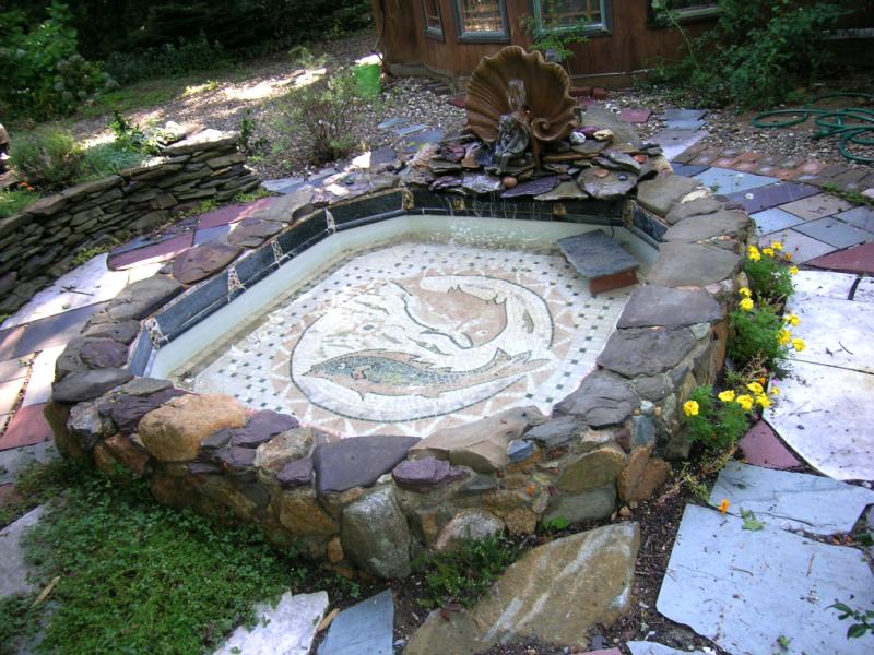 Mosaic Pool DSCN1827 Laura Baksa